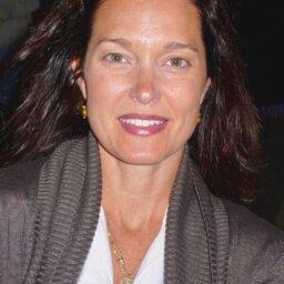 Copy of Michelle Head shot edited